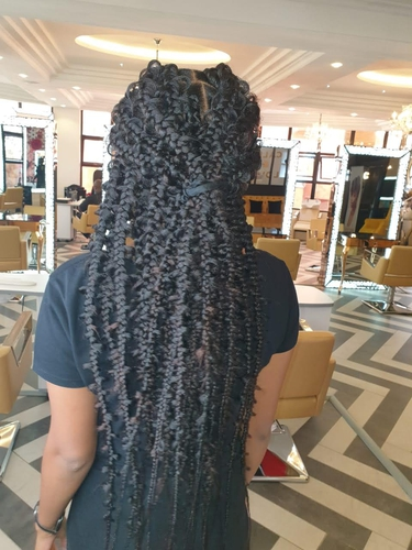 here is the trendy hot Jungle braids to try this year